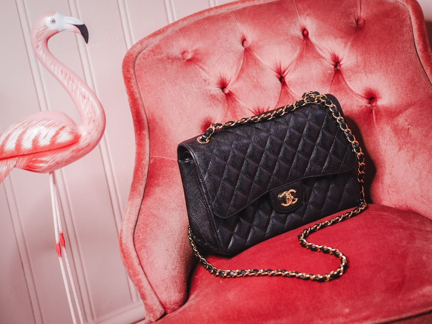 chanel jumbo handbag black caviar leather review gold hardware