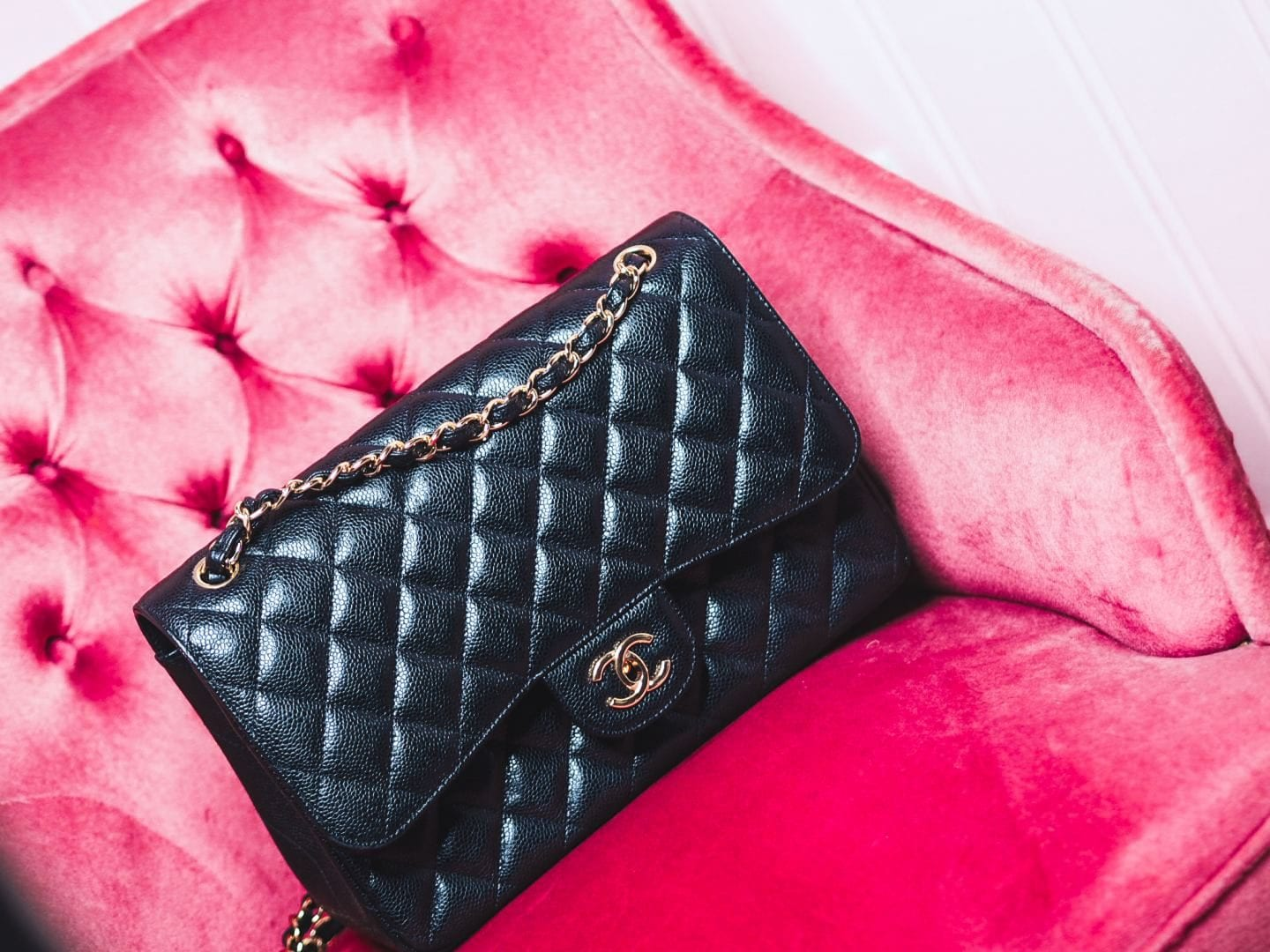 Shopping: Which Chanel Bag Should You Buy First?