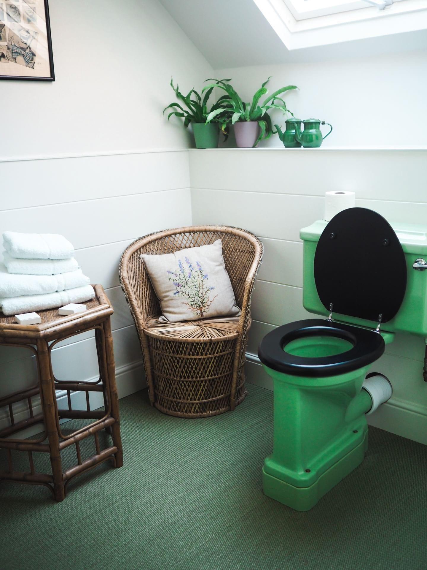 the rose deal kent decor interior design green vintage bathroom