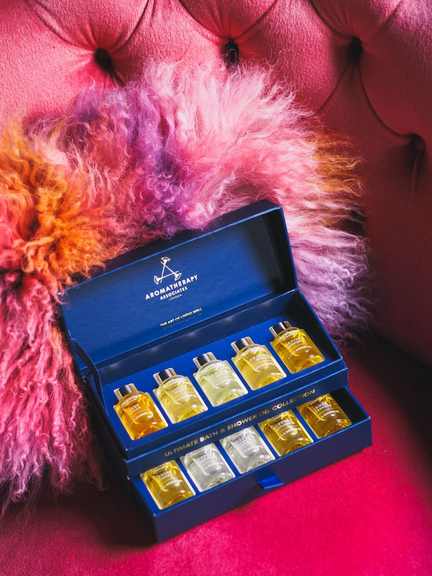 Christmas gift set aromatherpy assosicates bath and shower gel set