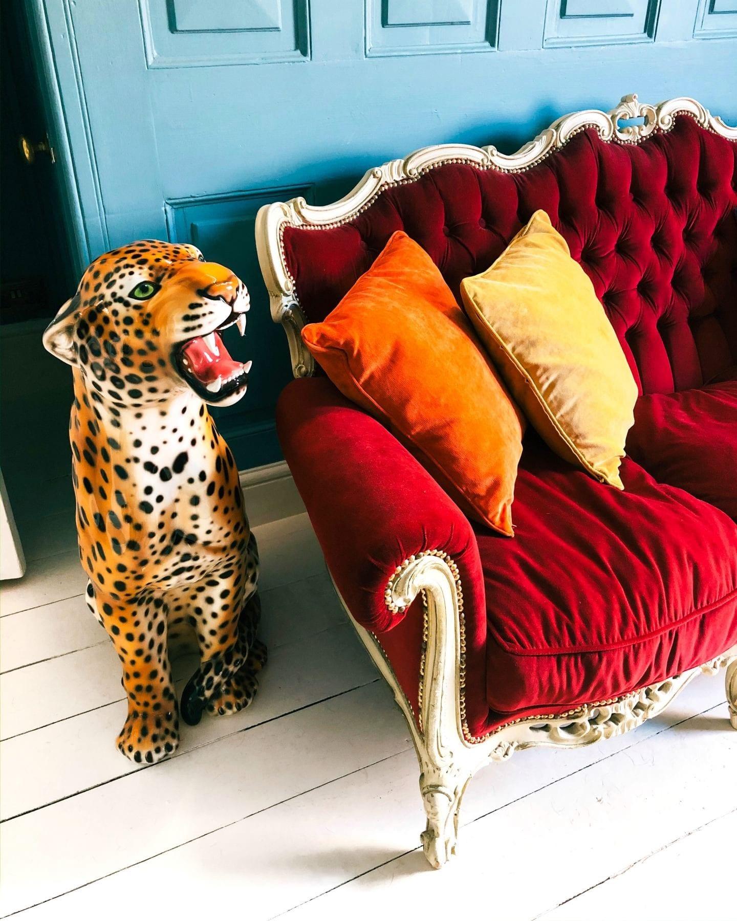 leopard figurines