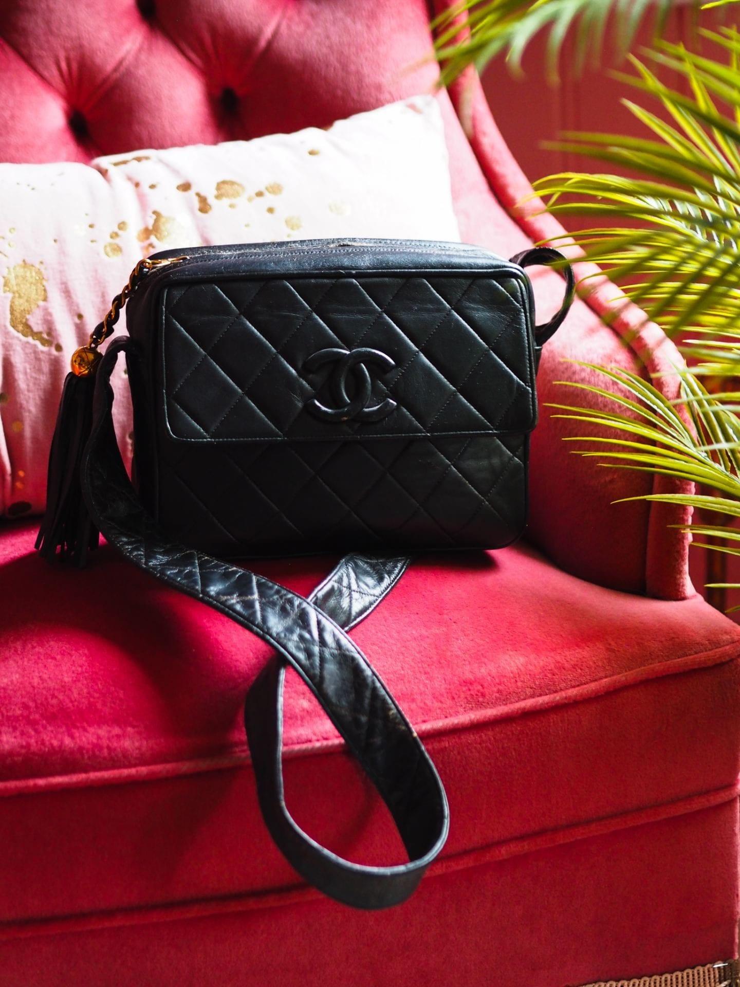 vintage chanel camera bag black lambskin leather review 80's preloved