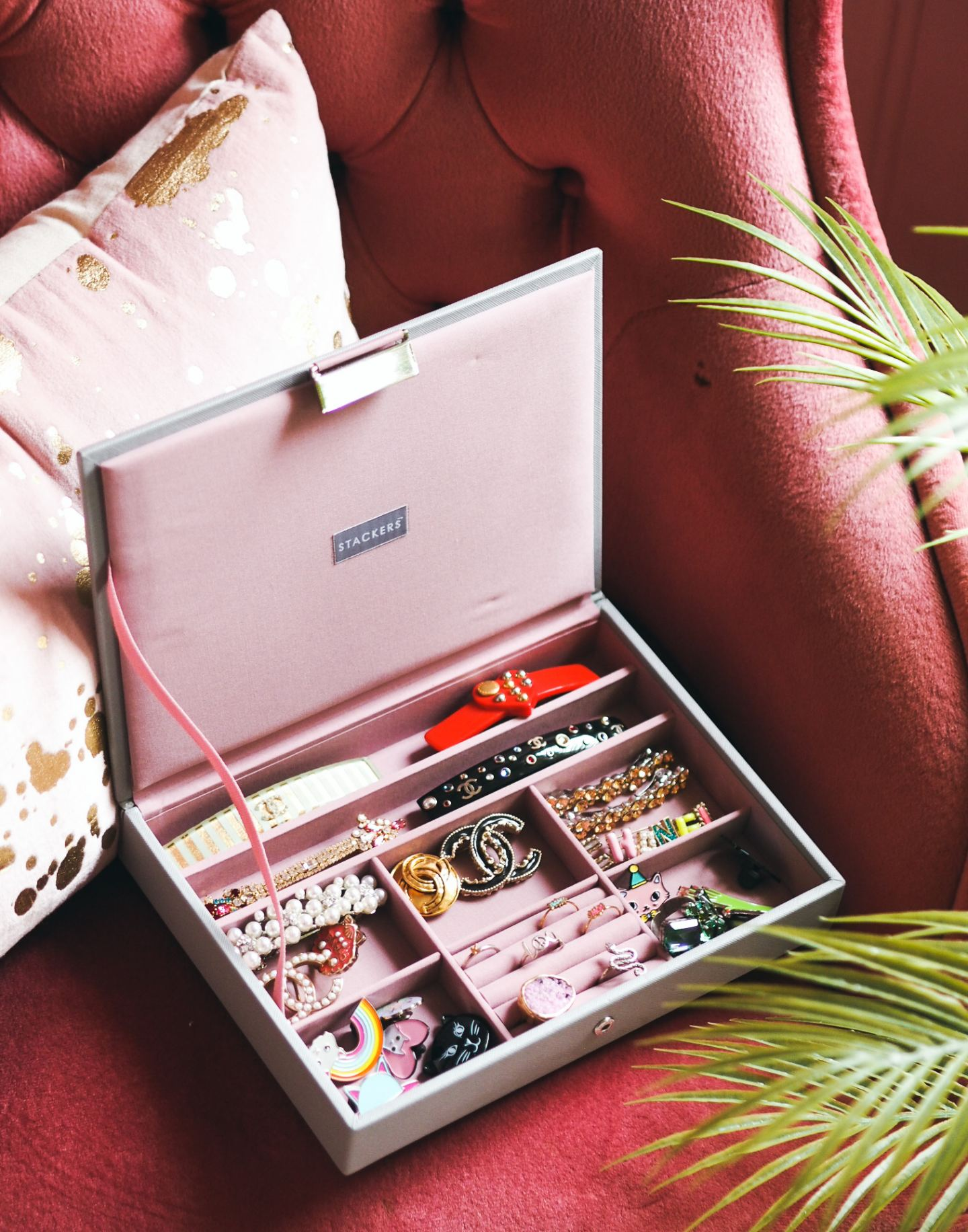 fashion for lunch chanel jewellery collection brooch necklace stackers jewellery box