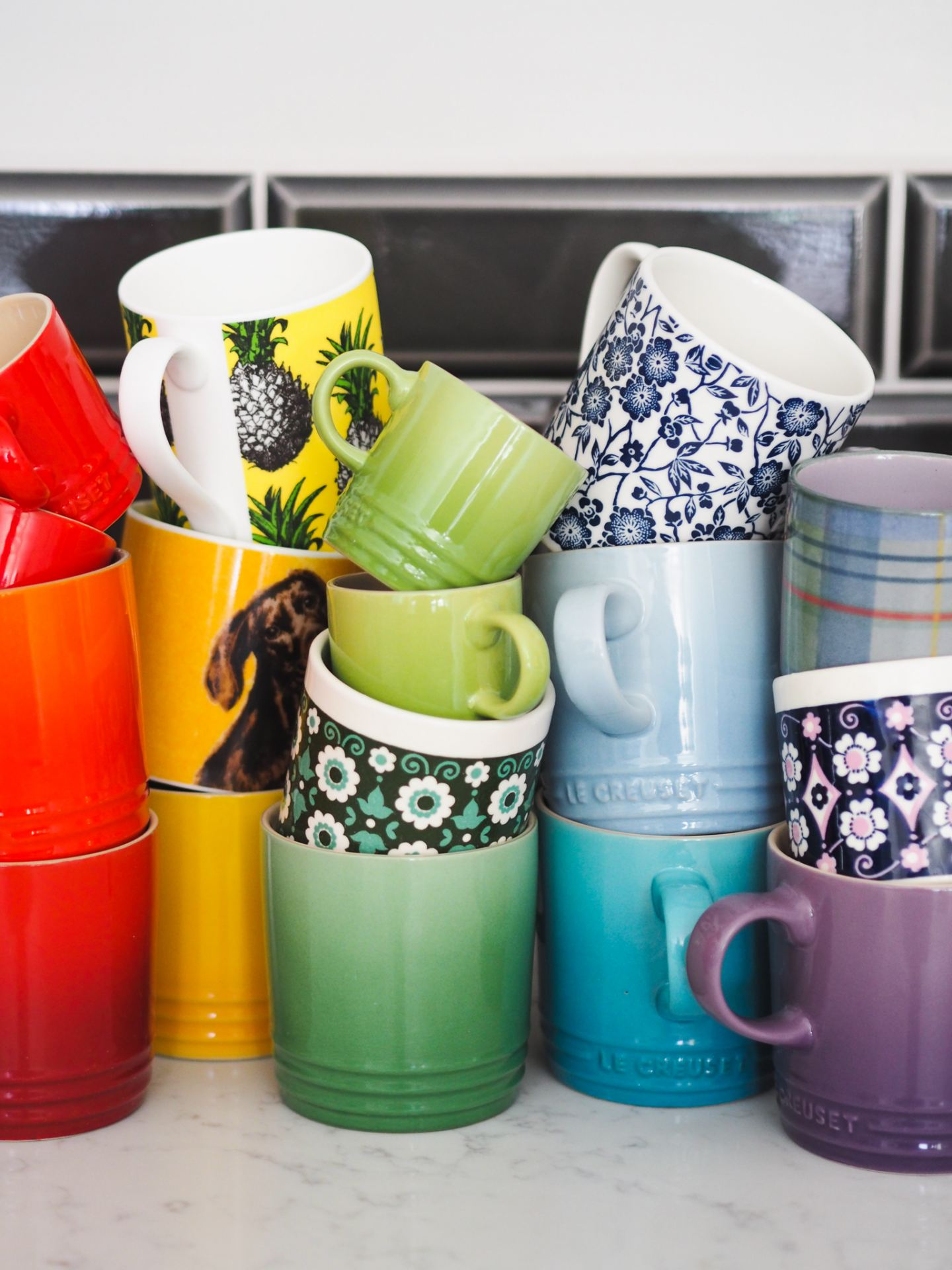 le creuset mugs rainbow fathers day gift guide