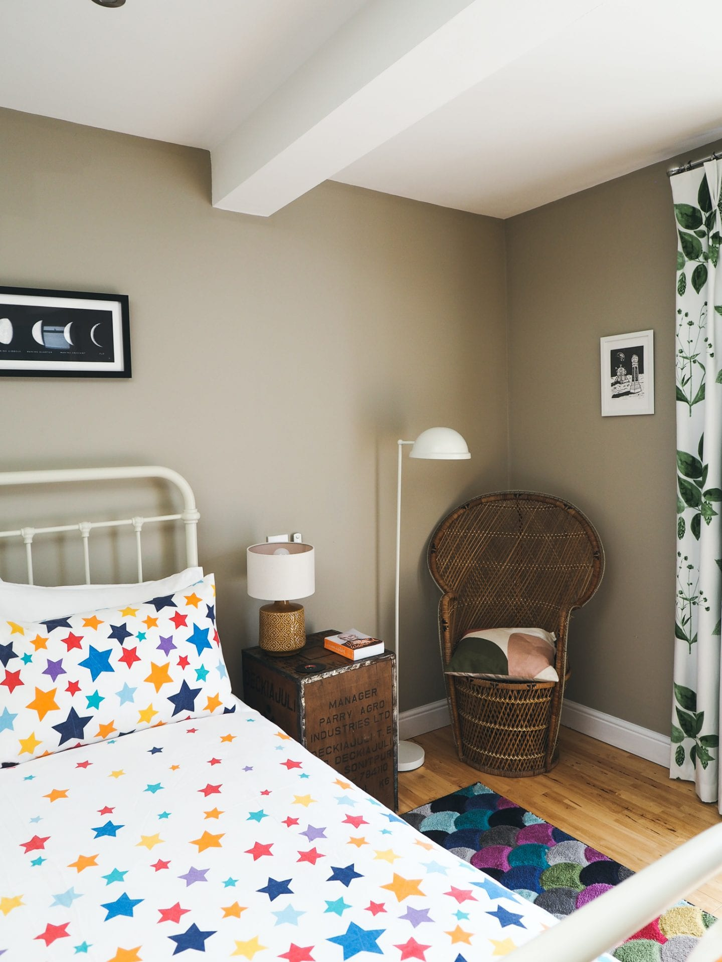 margate-colourful-airbnb-bedroom-labels-for-lunch-peacock-chair