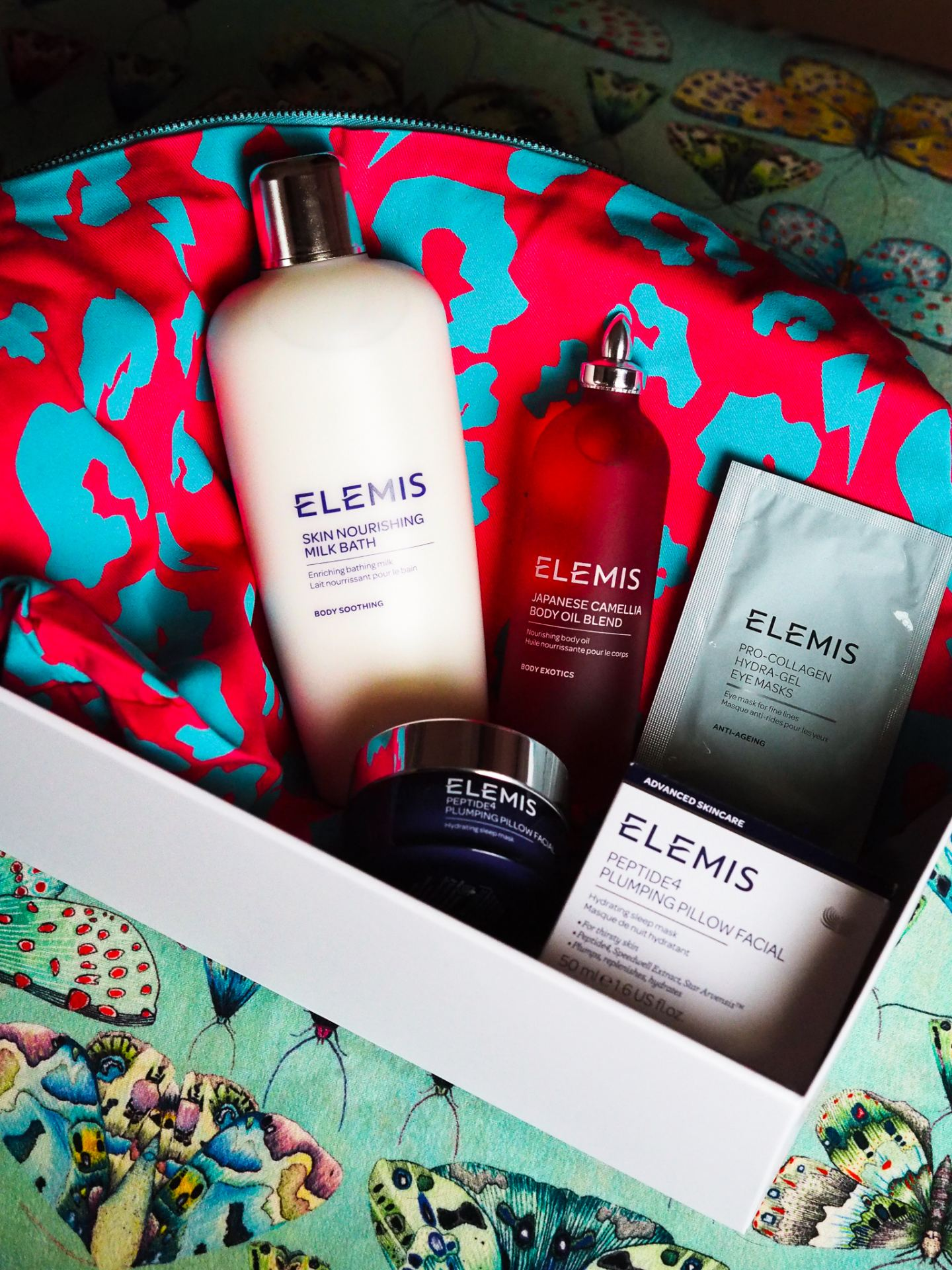 scamp and dude x elemis collaboration set gift box