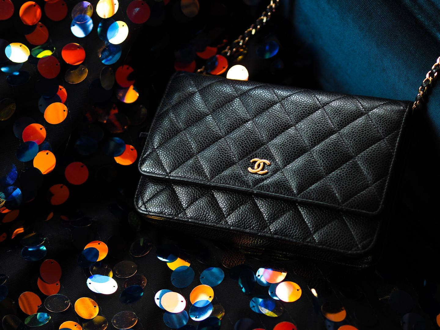 Is the Chanel Wallet on Chain Bag Crossbody?