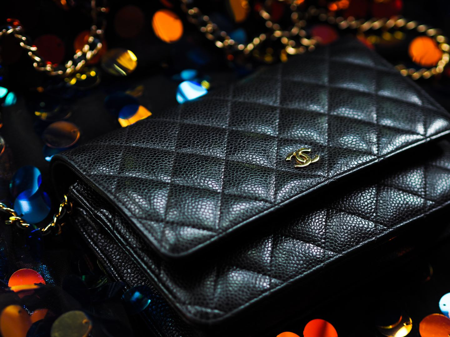 Is the Chanel Wallet on Chain bag Worth The Money? handbag review