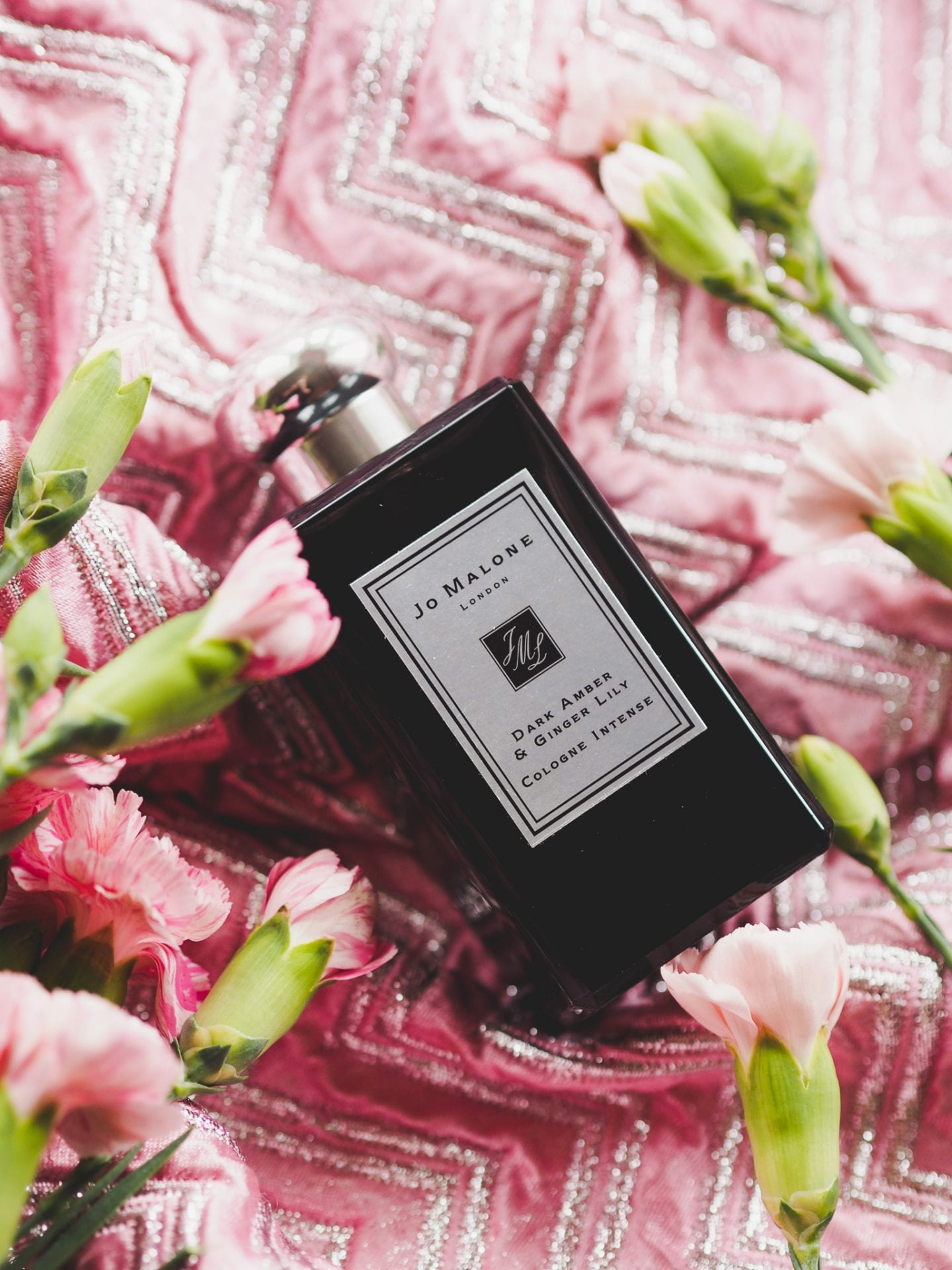 jo-malone-perfume-cologne-dark-amber-review