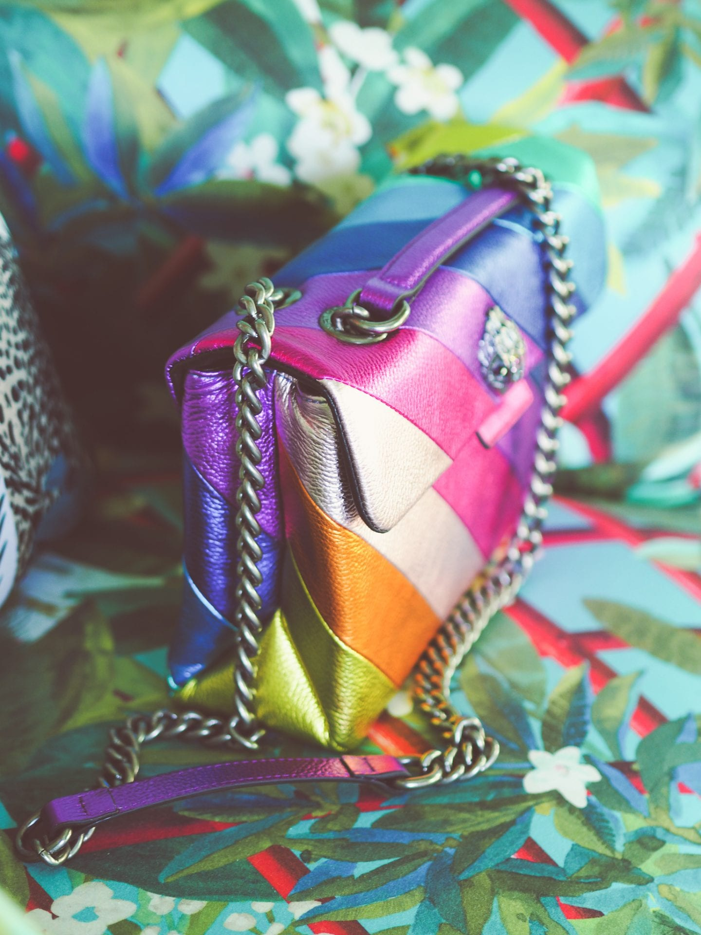 kurt-geiger-rainbow-metallic-bag-side-view-chain-strap