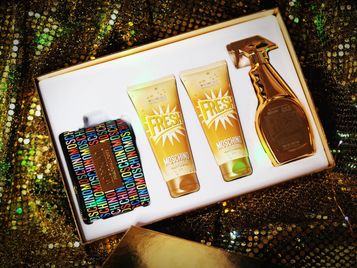 Moschino 'Gold Fresh Couture' Gift Set