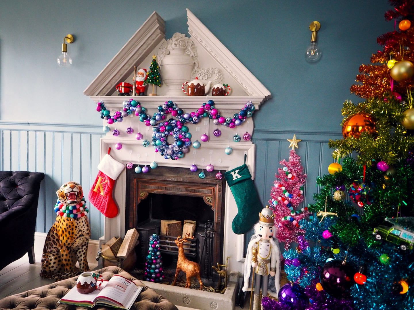 christmas-home-rainbow-tree-fashion-for-lunch-house