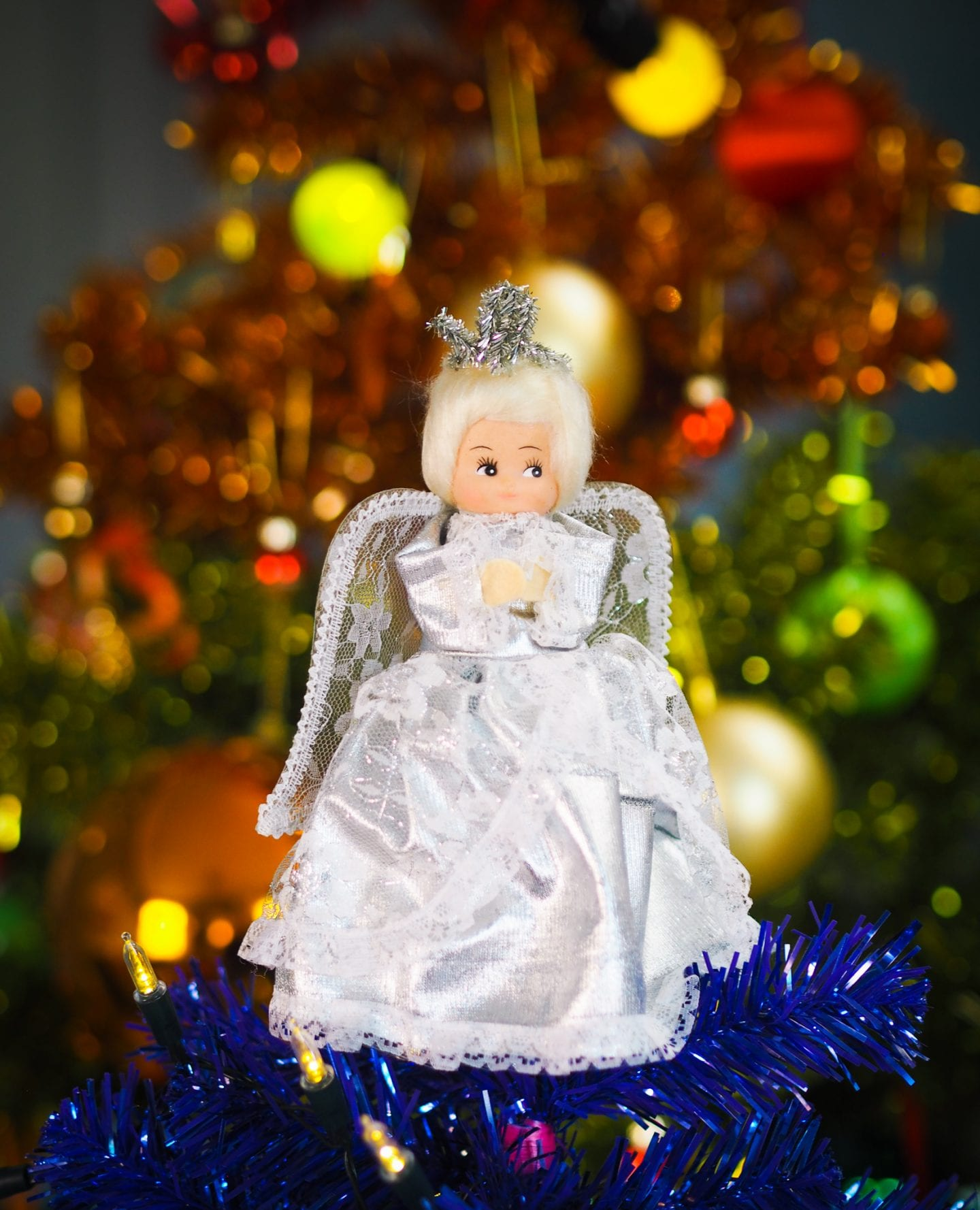 vintage-christmas-decorations-charity-shop-thrift-store-review-haul-angel-tree-topper-retro