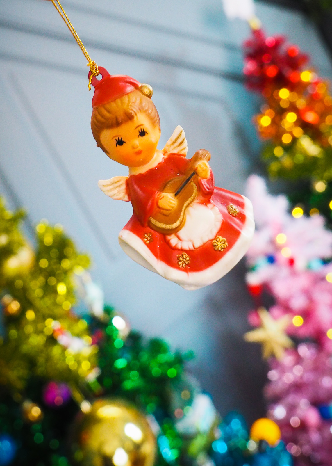vintage-christmas-decorations-charity-shop-thrift-store-review-haul-retro-angel-choir-boy