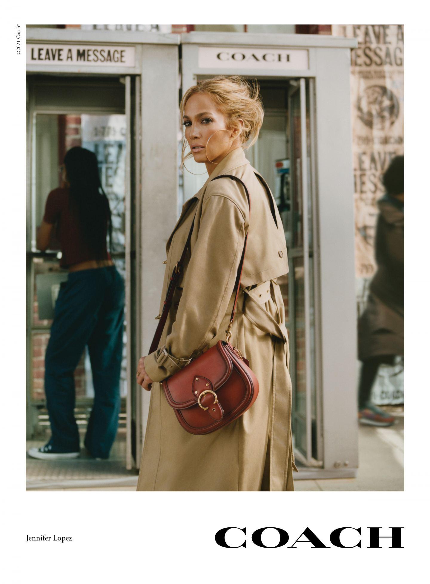 coach bag bags handbag jennifer lopez campaign pay it forward coach it
