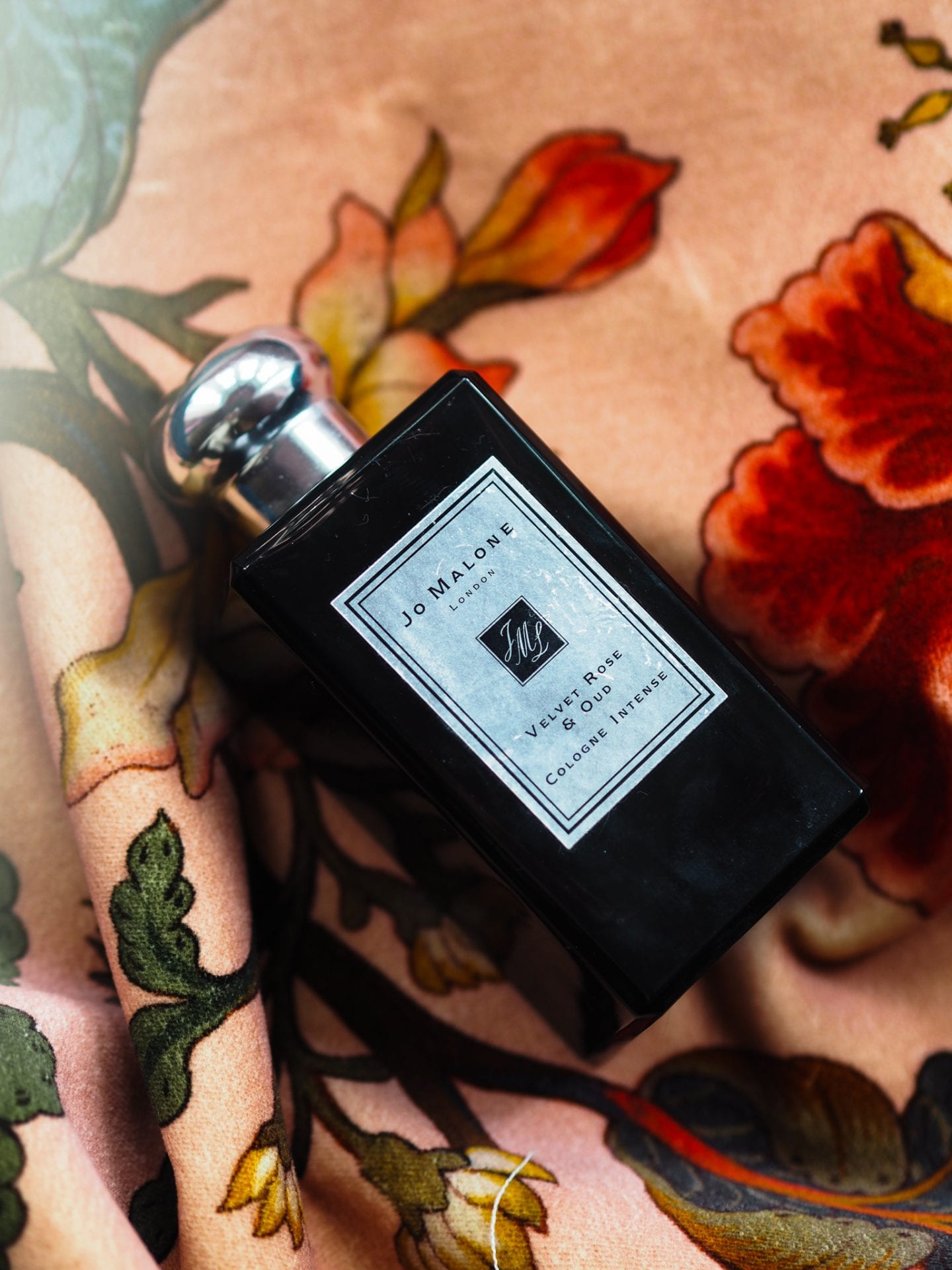 jo malone london velvet rose and oud perfume