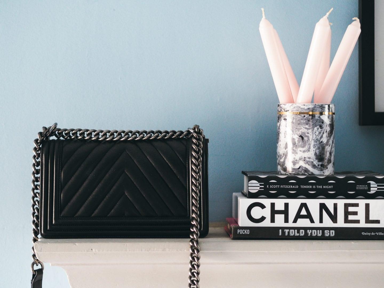 chanel-boy-bag-back-of-bag-chevron-quliting