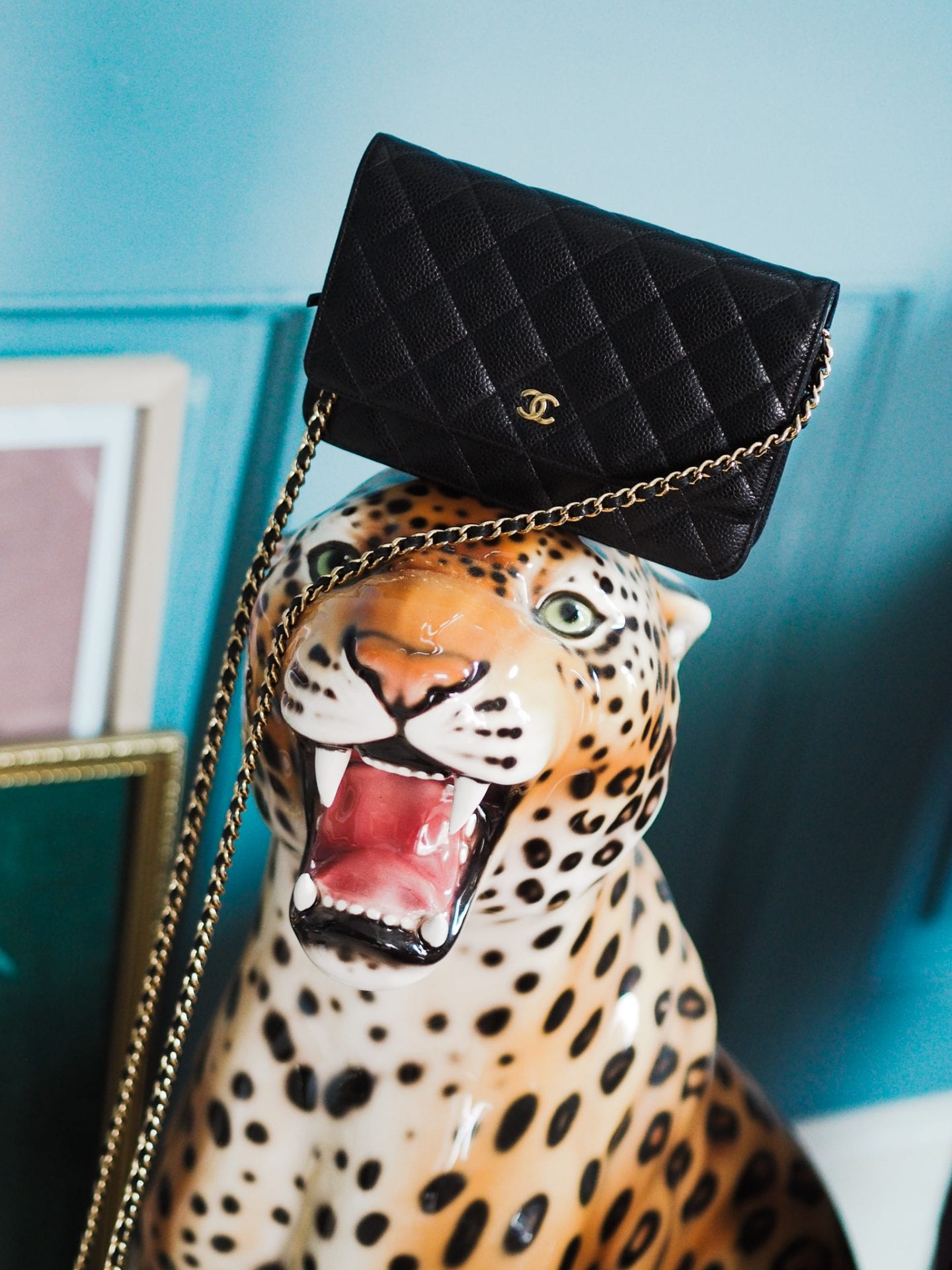chanel-woc-review-handbag-bag-cheapest-chanel-bag-gold-black