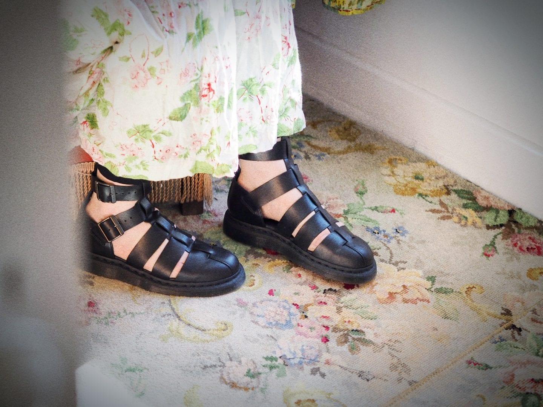 dr-martens-geraldo-brando-ankle-strap-sandals