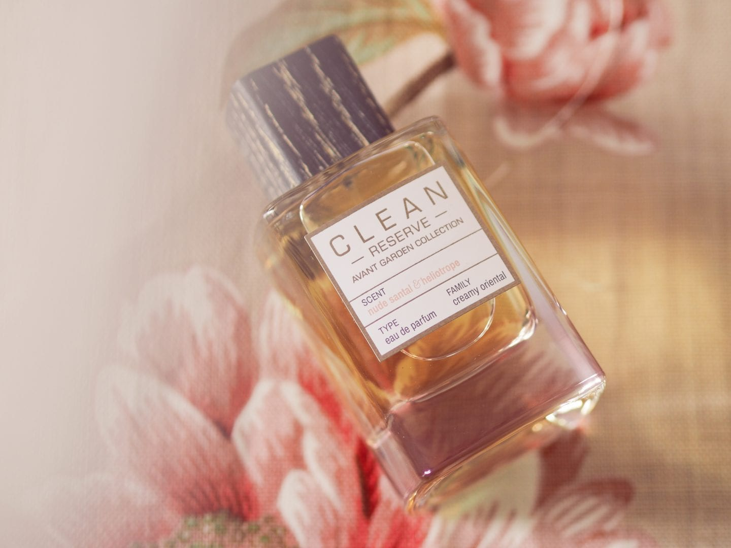 why-you-should-wear-perfume-every-day-is-it-good-to-wear-perfume-every-da