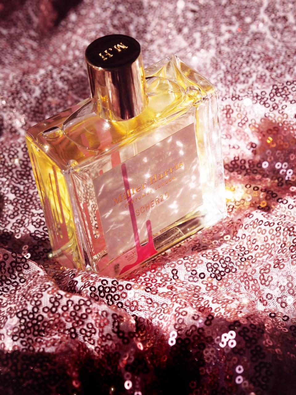 Miller Harris 'Scherzo' Review & The Best Seller Miller Harris Perfumes review 2021