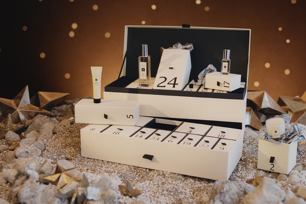 What's Inside The Jo Malone Advent Calendar 2021?